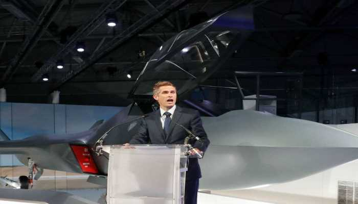 UK unveils new Tempest fighter jet model