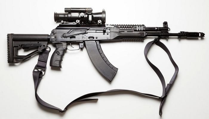"""""""كلاشينكوف"""" تبدأ بتزويد الجيش الروسي ببندقية الإقتحام الجديدة """"AK-12"""". 10000136"""